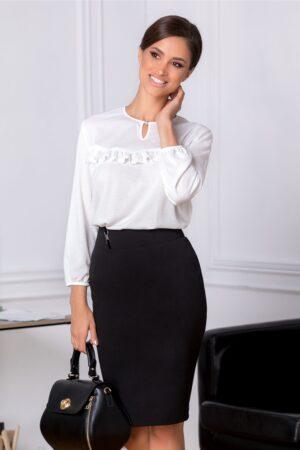 Bluza Cori alba eleganta cu dantela aplicata la bustBluze