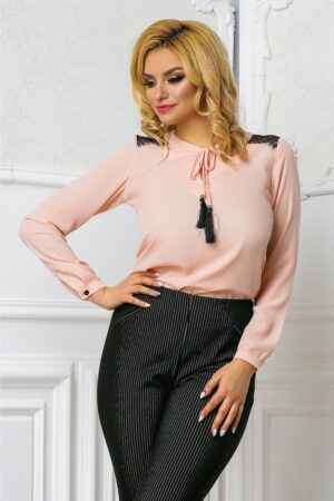 Bluza Ema roz pudra office cu dantelaBluze