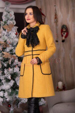 Palton galben mustar elegant din lana cu esarfa brodataPALTOANE si GECI