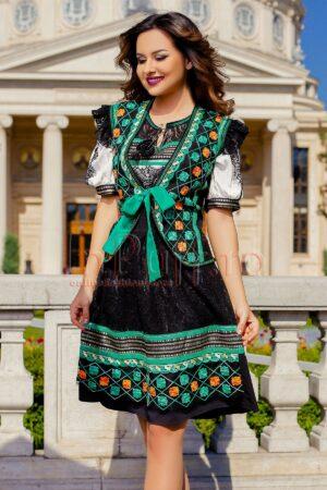 Vesta Venezia eleganta cu broderie verde si fir auriuVESTE