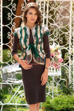 Vesta traditionala dama cu dantela verde si detalii argintiiVESTE