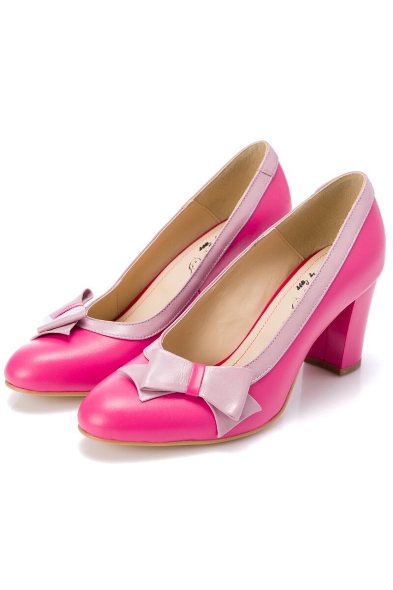 Pantofi fucsia cu fundita roz pal pe o parte a varfuluiINCALTAMINTEFucsia