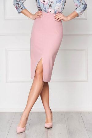 Fusta  roz prafuit tip creion cu talie inalta din material usor elastic captusita pe interior