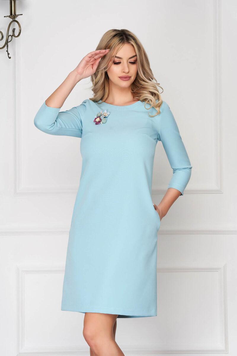 Rochie  turcoaz eleganta scurta cu croi in a din stofa elastica cu buzunare