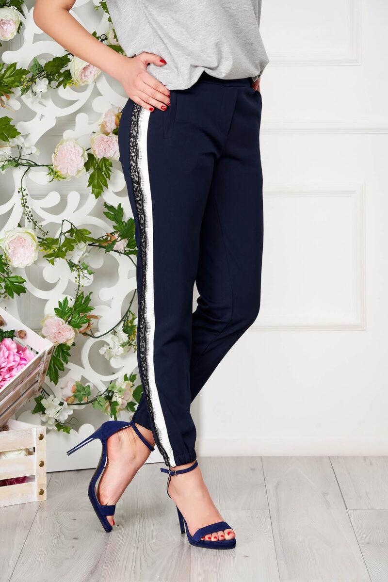 Pantaloni  albastru-inchis eleganti conici cu buzunare si elastic in partea de jos