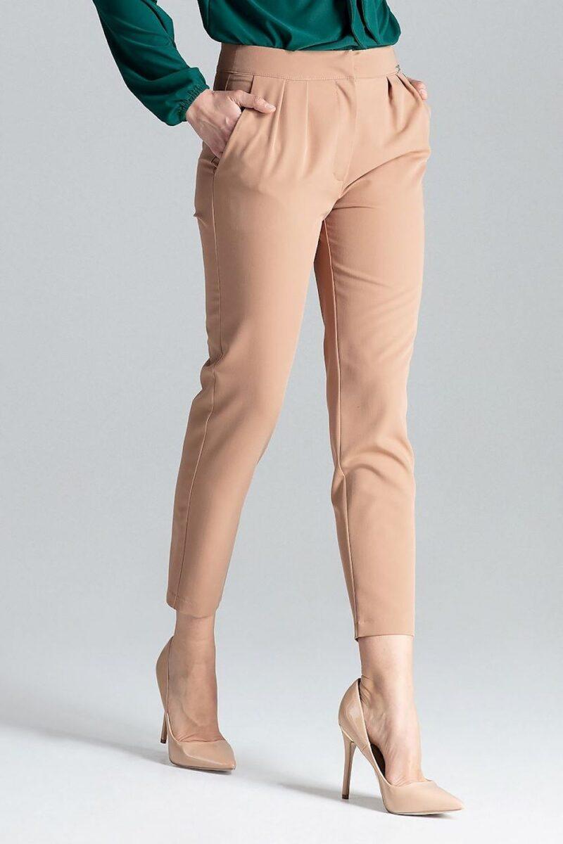 Pantaloni maro conici casual cu buzunare