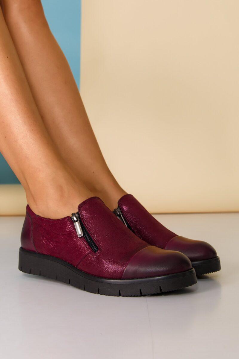 Pantofi bordo cu fermoare