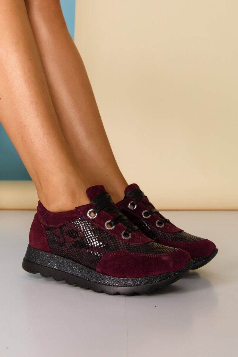 Pantofi sport  bordo cu imprimeu snake