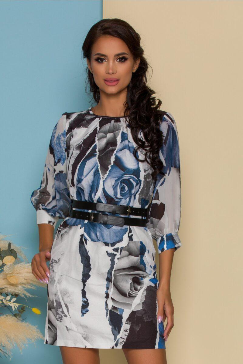 Rochie alba cu imprimeuri albastre