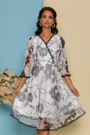 Rochie alba cu imprimeuri florale negre