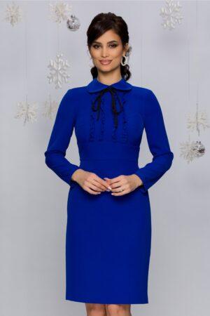 Rochie  albastra conica accesorizata cu volane in zona bustului