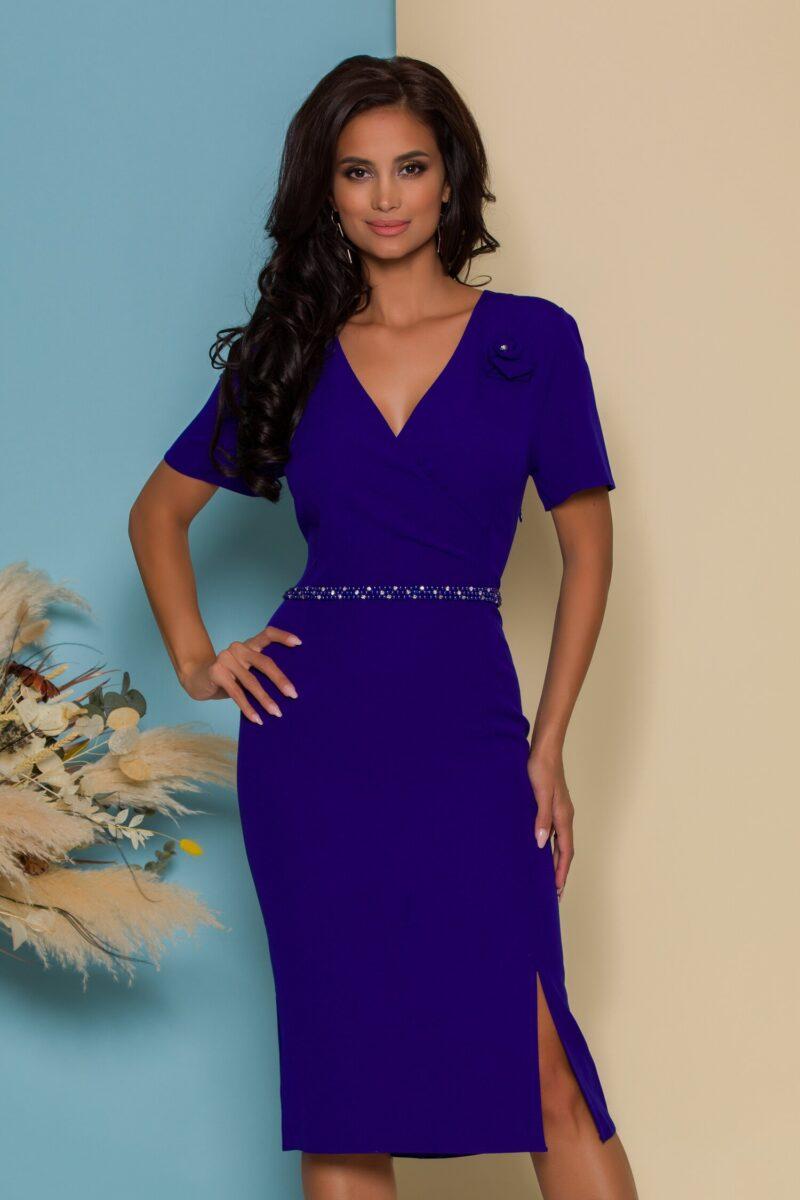 Rochie albastra cu aplicatie din margele in talie