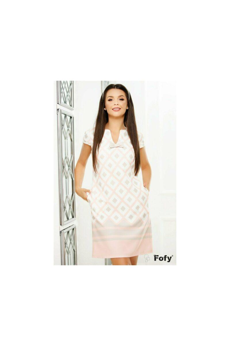 Rochie cu imprimeu geometric roz pastel si crem