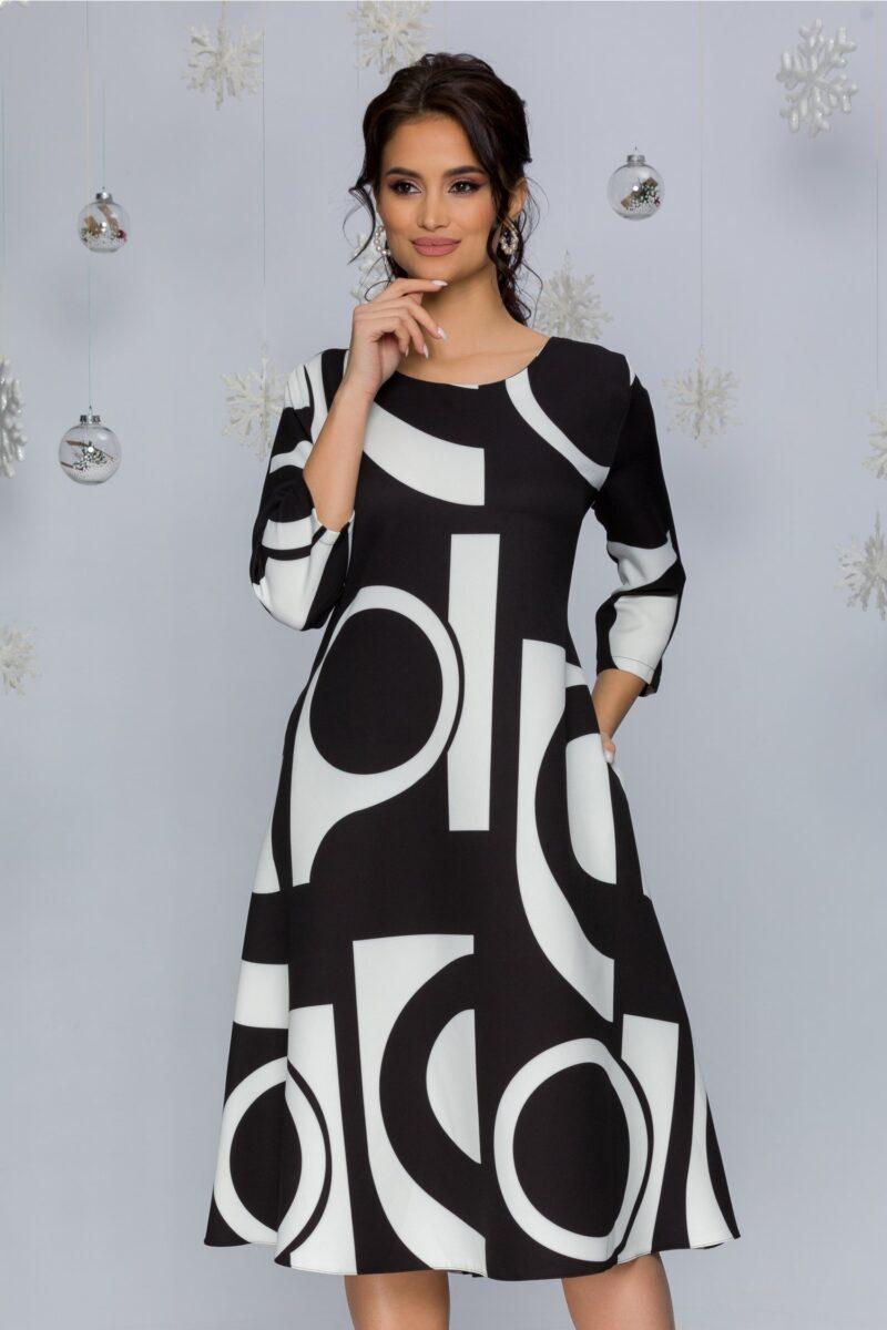 Rochie neagra cu imprimeuri geometrice albe