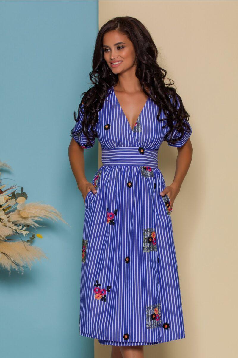 Rochie petrecuta bleu cu dungi si broderie florala