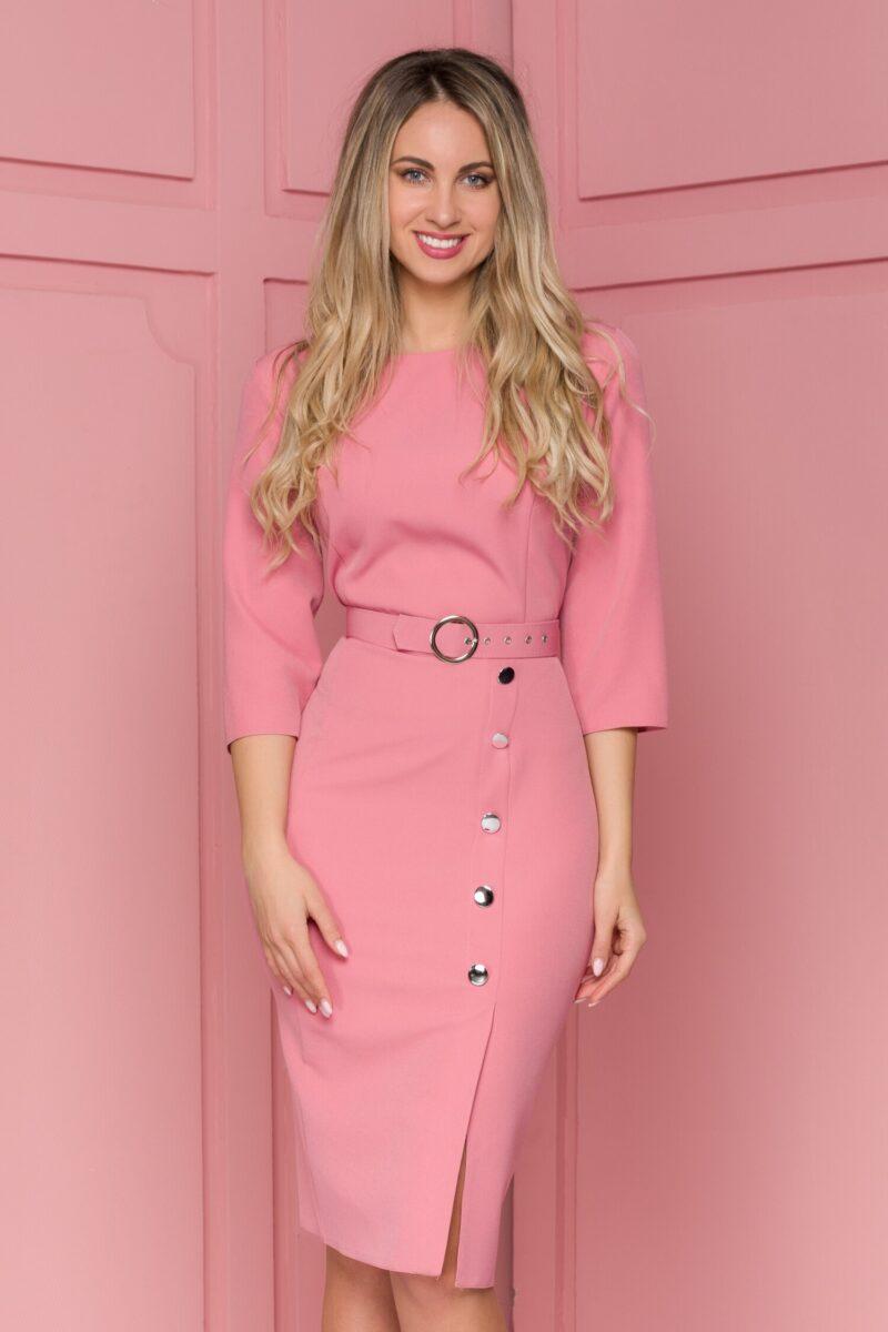 Rochie roz cu nasturi fantezie decorativi