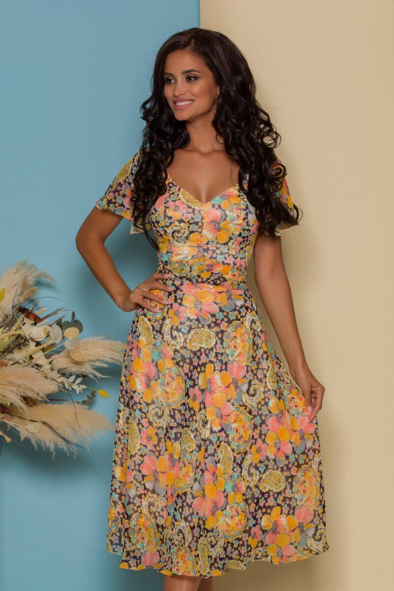 Rochie vaporoasa cu imprimeuri florale colorate
