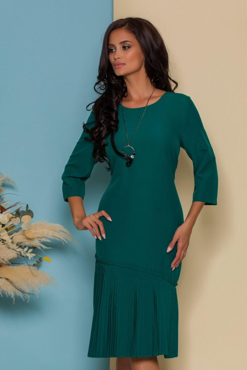 Rochie verde cu volan plisat la baza